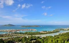 Above: Aerial view on the coastline of the Seychelles Islands (Photo: Oleg Znamenskiy/Shutterstock)