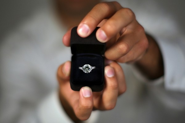 Learn how to find out your girl's ring size without spoiling the surprise (Photo: Phase4Studios/Shutterstock)