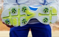 Mike Dojc tries out Nike's Lunar Control golf shoes