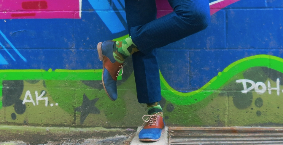 Wearing: Green camo-print socks from Le Chateau (shown with navy oxford saddle shoes from Aldo)