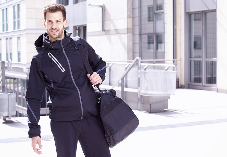 5 Grooming Essentials For Your Gym Bag