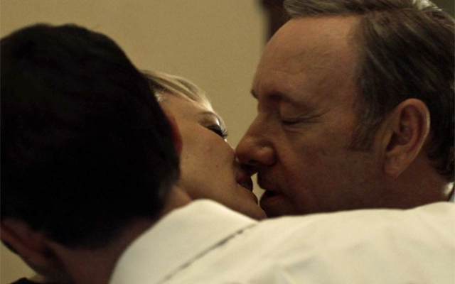 The 10 Most Shocking Moments From House of Cards - That Meechum threesome