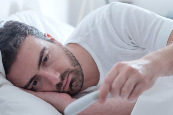 It's possible men actually experience harsher flu symptoms than women