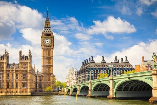 Above: Big Ben and Houses of Parliament, London, UK (Photo: S.Borisov/Shutterstock)