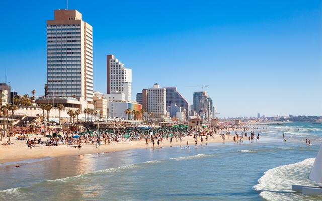 view of the Tel-Aviv public beach on Mediterranean sea (Photo credit: Aleksandar Todorovic/Shutterstock)