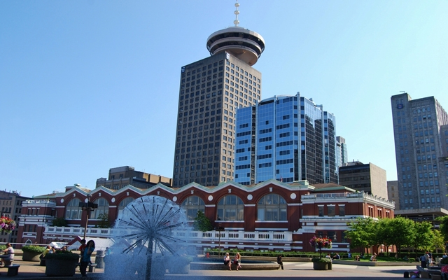 Downtown Vancouver Lookout Tower (Photo: Lissandra Melo/Shutterstock)