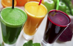 Above: Planning a detox or juice cleanse? (Photo: zstock/Shutterstock)