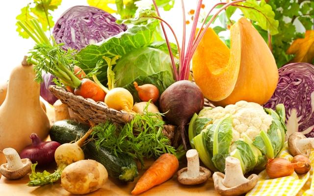 Fall vegetables (Photo: sarsmis/Shutterstock)