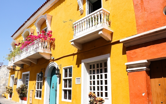 A Spanish colonial house in Cartagena de Indias, Colombia's Caribbean Zone. (Photo credit: Toniflap/Shutterstock)