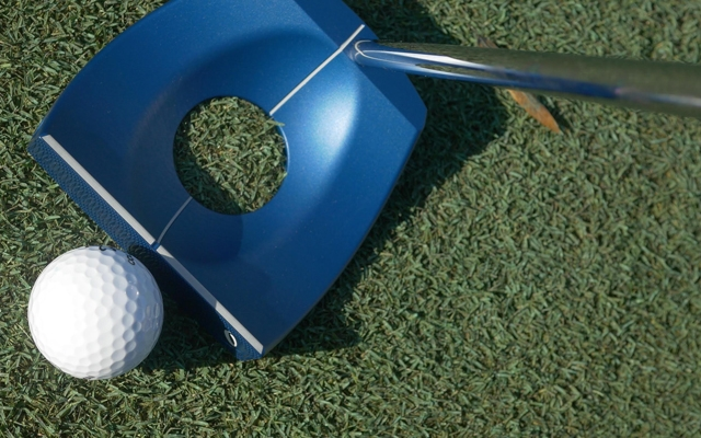 Above: Acculock Ace Putter