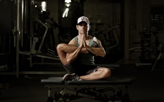 Michael DeCorte explains Jock Yoga (Photo: Nicole Breanne and Oliver Lee)