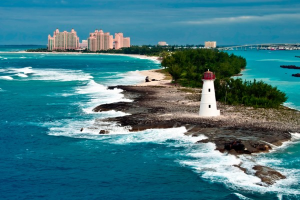 Above: The lighthouse in Nassau, Bahamas and tourist resorts in the city (Photo: Daniel Korzeniewski/Shutterstock)