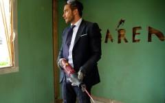Above: Jake Gyllenhaal stars in Jean-Marc Vallée's 'Demolition'