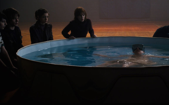 20 Facts You Probably Didnt Know About Netflix Stranger Things - Eleven in the Kiddie Pool