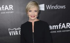 Above: 'Brady Bunch' matriarch Florence Henderson dies at 82