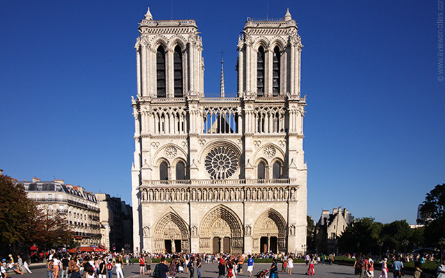 Most Instagrammed Tourist Attractions Around The World - Notre Dame